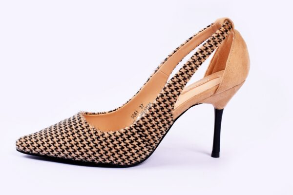 Cat Heel Grey Color Shoes 5