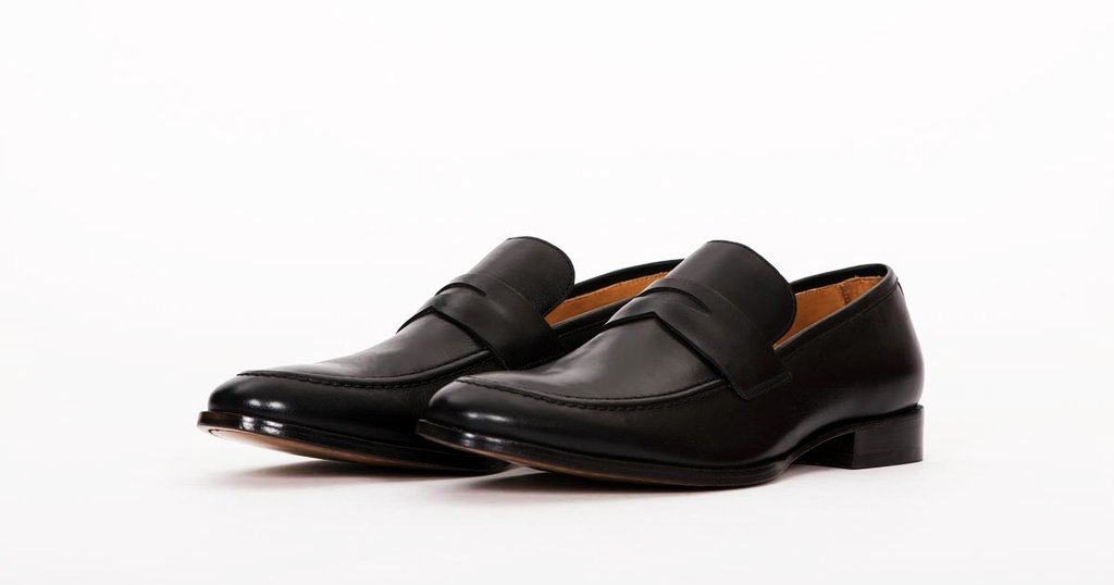 Top 10 Best Black Shoes For Men In Pakistan - Shoes LyLo