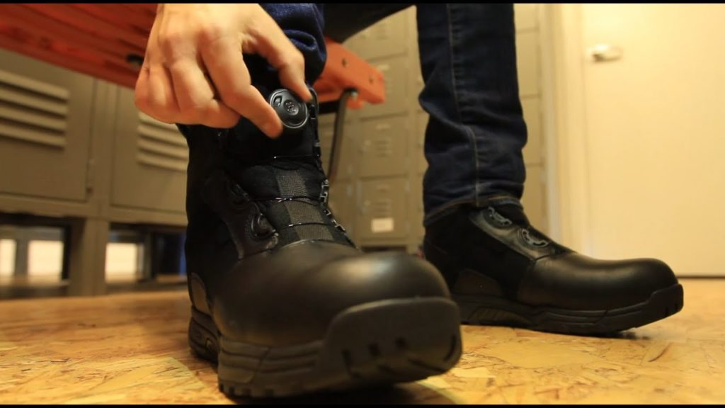 Safety shoes in Pakistan 4