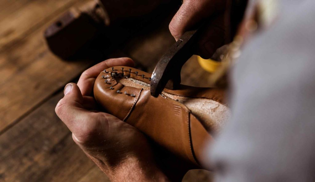handmade shoes in pakistan